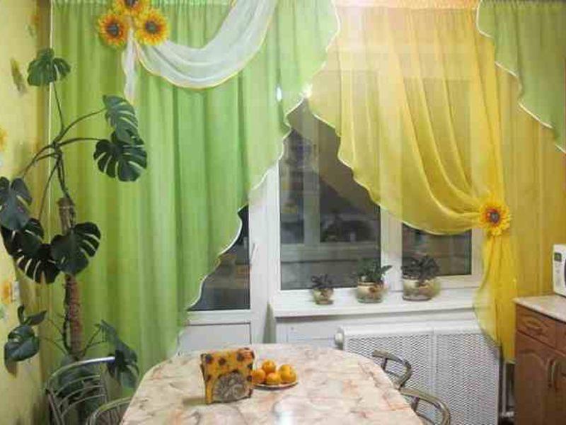 Кухонные шторы и занавески для оформления окна - идеи дизайн.