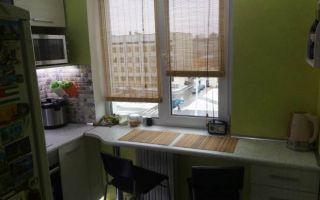 Столешница-подоконник на кухне 5 кв.м