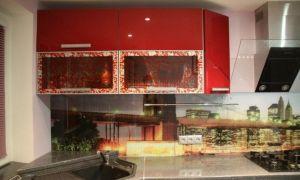 Черно-красная кухня с барной стойкой за 5300$