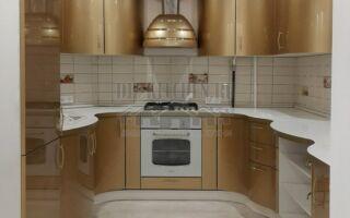 Экстравагантная золотая радиусная кухня