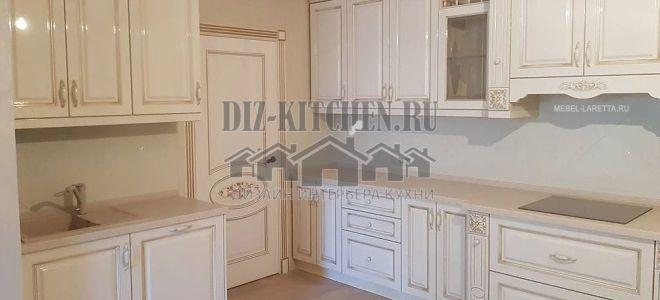 Двухрядная белая классическая кухня из МДФ