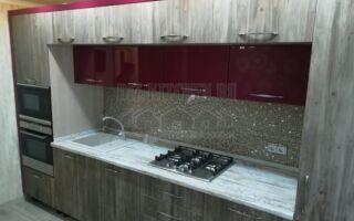 Серо-бордовая прямая кухня на площади 9 м<sup>2</sup>