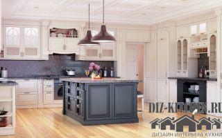 Классическая кухня 25 кв. м. с островом в частном доме