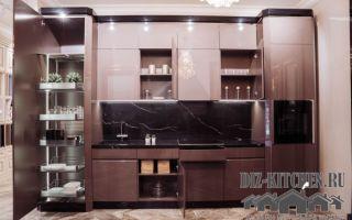 Стильная кухня в стиле ар-деко с градиентной растяжкой в пастельных оттенках