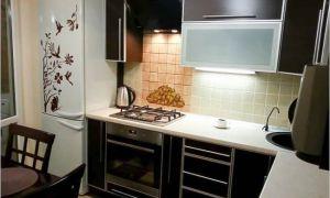 Кухня 8 кв.м с уютной обеденной зоной