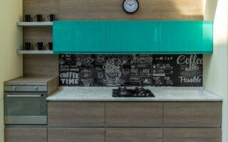 Бирюзово-коричневая современная кухня на площади 8 м<sup>2</sup>