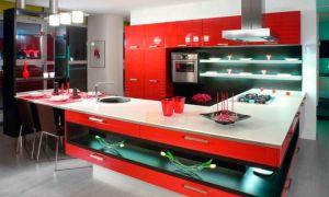Кухня в красных тонах с фото