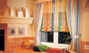 Римские шторы как элемент интерьера дизайна кухни. Как оформить своими руками? Фото