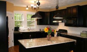 Черная кухня — особенности оформления и фото интерьеров