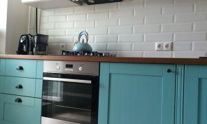 Бирюзовая кухня в интерьере: фото, интересные дизайнерские решения, правила сочетания