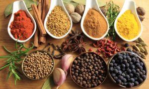 Полочки для специй и приправ на кухню: правила хранения