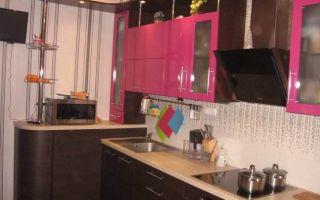 Дизайн угловой контрастной кухни 9 кв.м