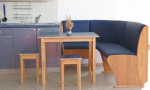 Выбираем кухонный уголок – учитываем материалы, дизайн и тип конструкции