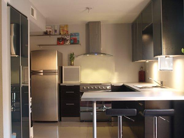 кухня в светлом стиле