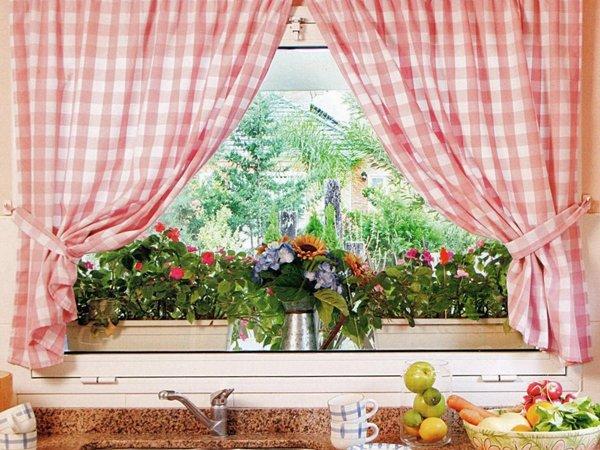 Аксессуары для оформления окна