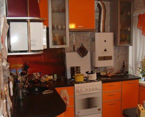 Газовая колонка на кухне 6 кв.м.