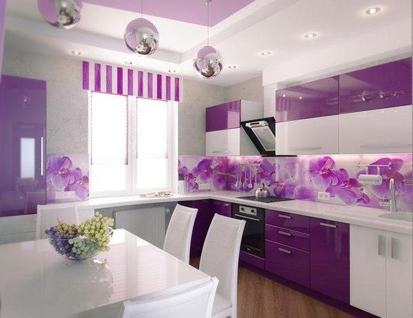 кухня цвета фиалки