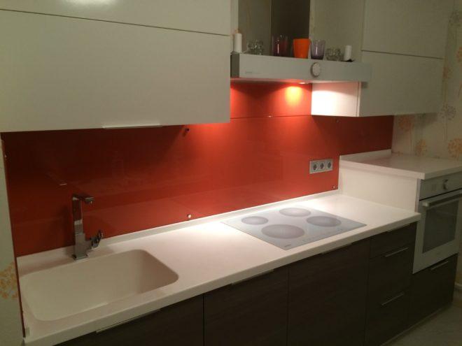 Дизайн кухни в оранжевом