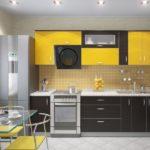 желтый фартук и гарнитур из плитки на кухню