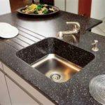 Каменная раковина на кухню: гид по выбору