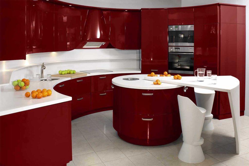 кухня насыщенного вишневого цвета