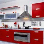 кухонный гарнитур со светлыми оттенками 1