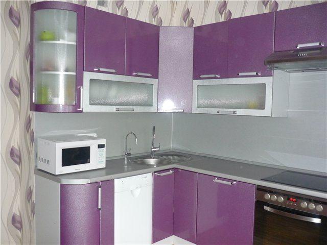 Фиолетовая кухня влияет на настроение