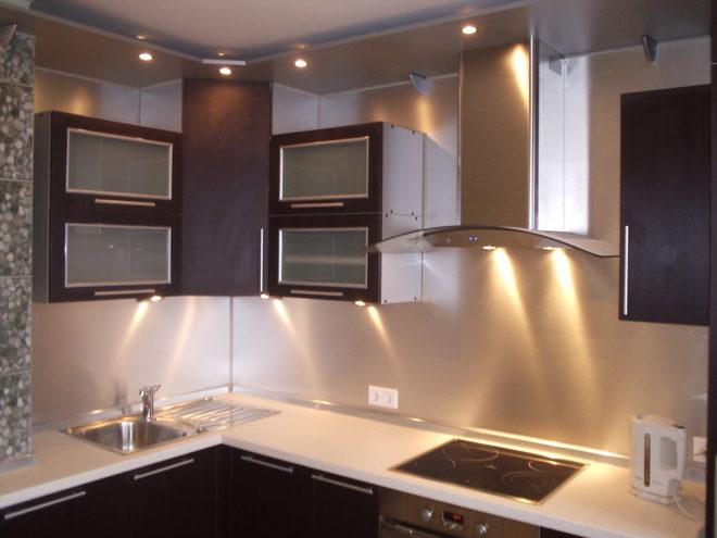 Светодиодное освещение шкафчиков кухни