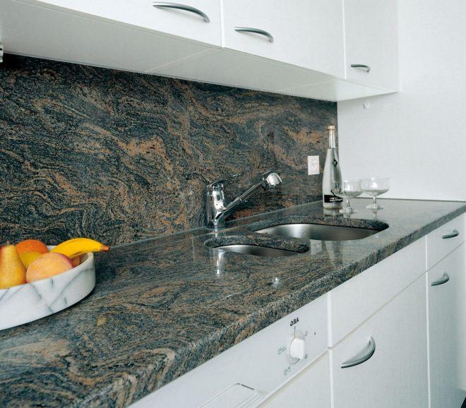 Акриловая столешница на кухне