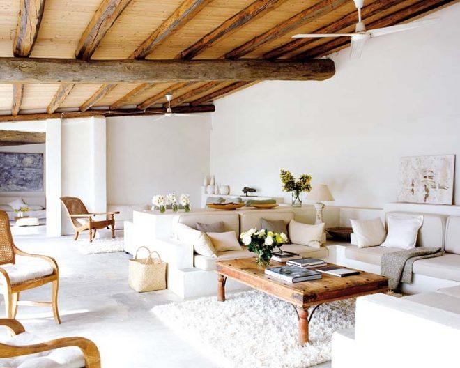 Деревянные потолки на кухне