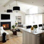Светлая кухня с гостиной
