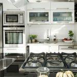 Кухня-гостиная полуостров