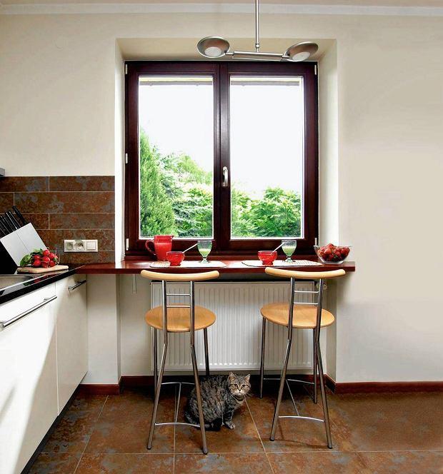 Раздвижной стол на кухню: круглые, прямоугольные.