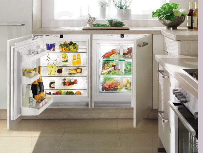 Встраиваемый холодильник в кухонном гарнитуре