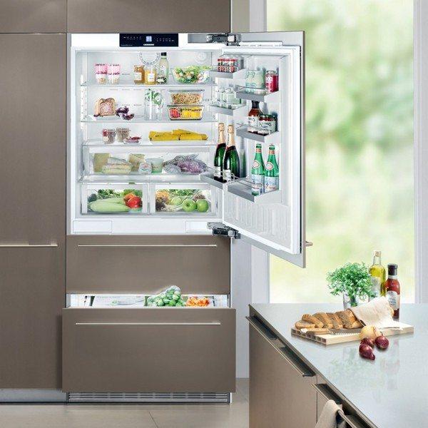 Встроенный холодильник комбинированный