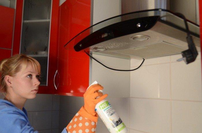 Как очистить вытяжку на кухне от жира и отмыть решетку лучшие методы