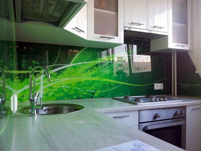 Кухонный фартук из карбонатного стекла