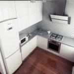 Встроенный холодильник маленькой кухни