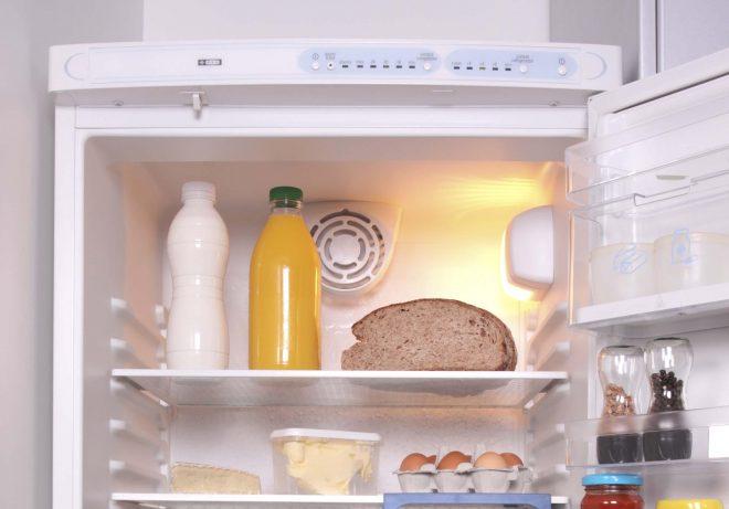 Черный хлеб в холодильнике