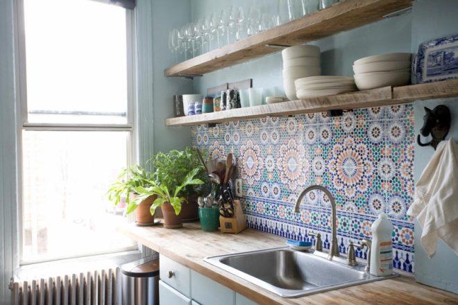 Голубой фартук для кухни