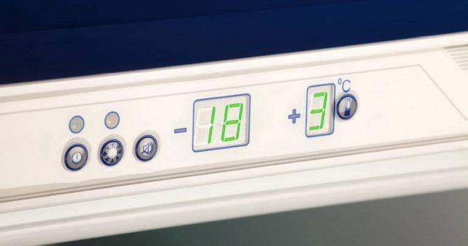 Панель управления холодильником