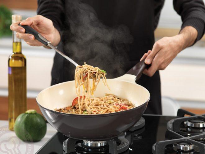 Керамическая сковородка вок