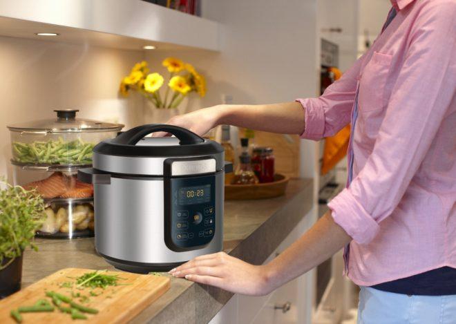 Мультиварка на кухне