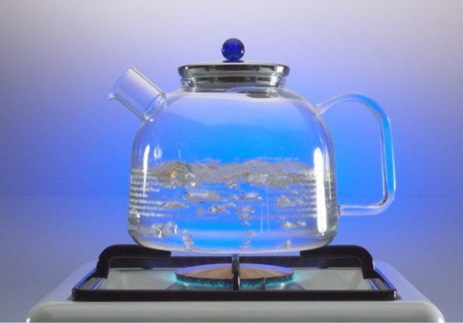 Стеклянный чайничек