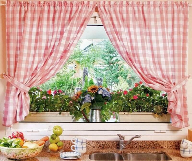 shtory_na_kuhnyu_svoimi_rukami_1_27135528 Как пошагово сшить шторы на кухню своими руками по выкройке?