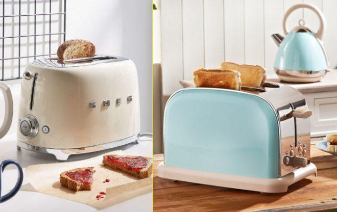 Тостер с тостами