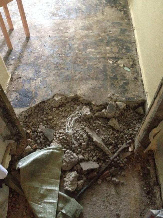 Демонтаж верхнего слоя напольного покрытия 8