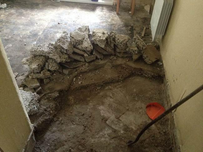 Демонтаж верхнего слоя напольного покрытия 9