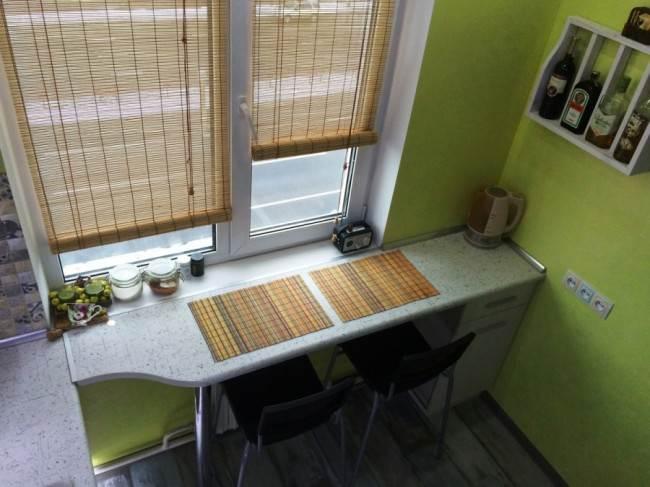 Кухня с подоконником вместо стола