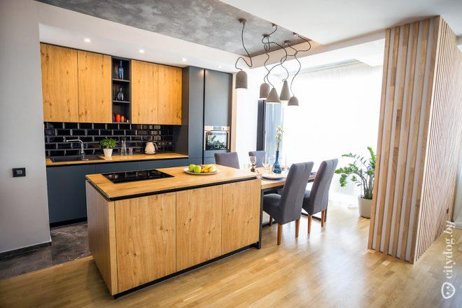 Больших размеров с элементами стиля лофт кухня-гостиная